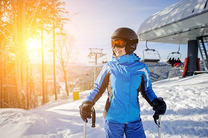 Pierwszy raz na stoku. O czym pamiętać, zaczynając naukę jazdy na nartach?