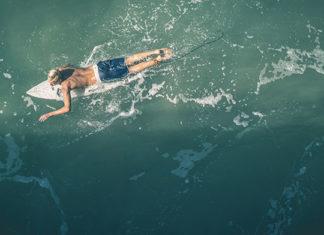 Jak ubrać się na surfing?